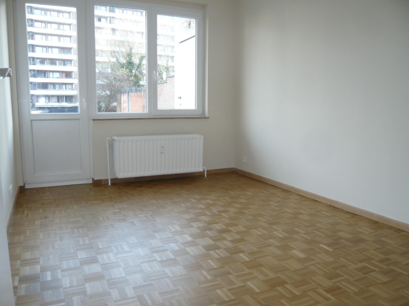 Flat - Schaerbeek - #2939049-3