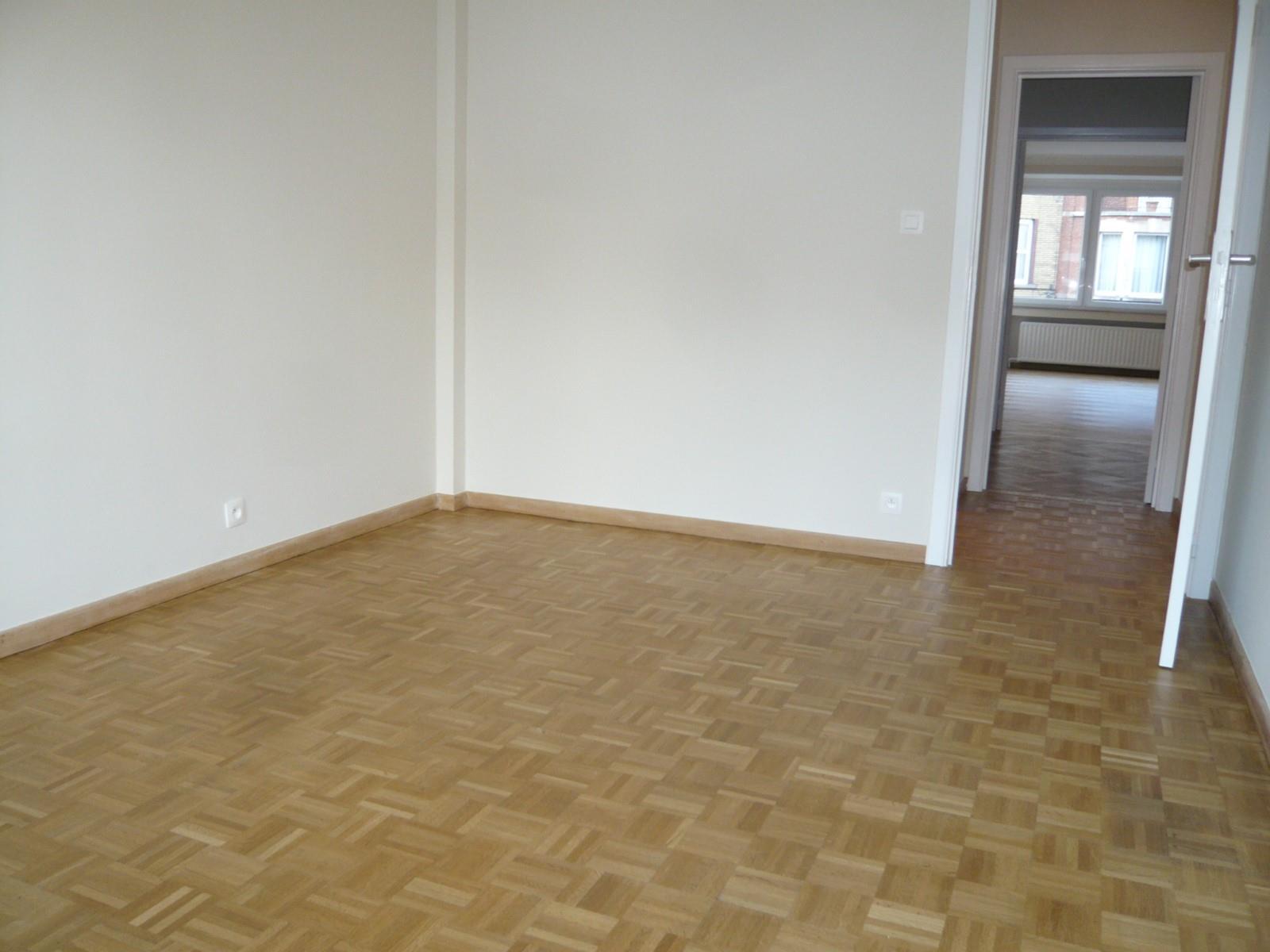 Flat - Schaerbeek - #2939049-4