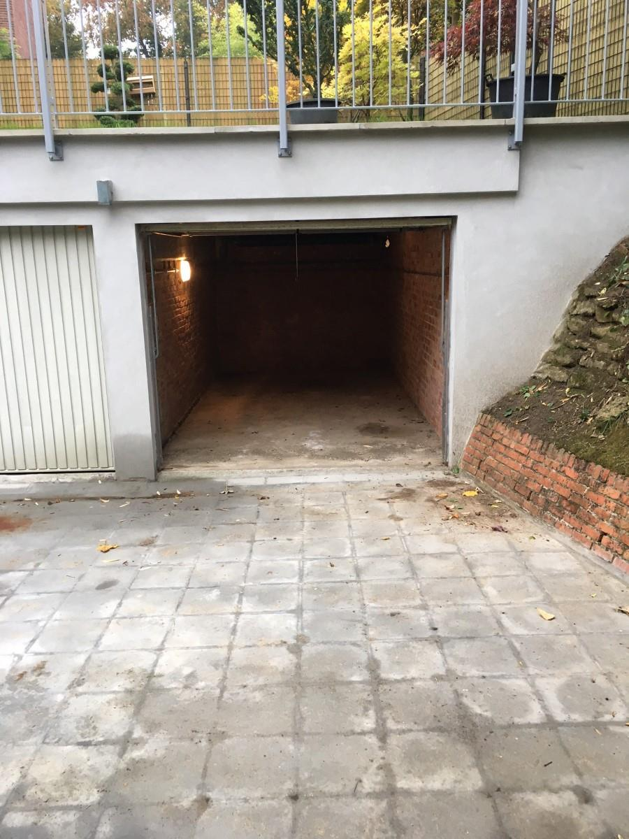 Closed garage - Uccle - #2942082-1