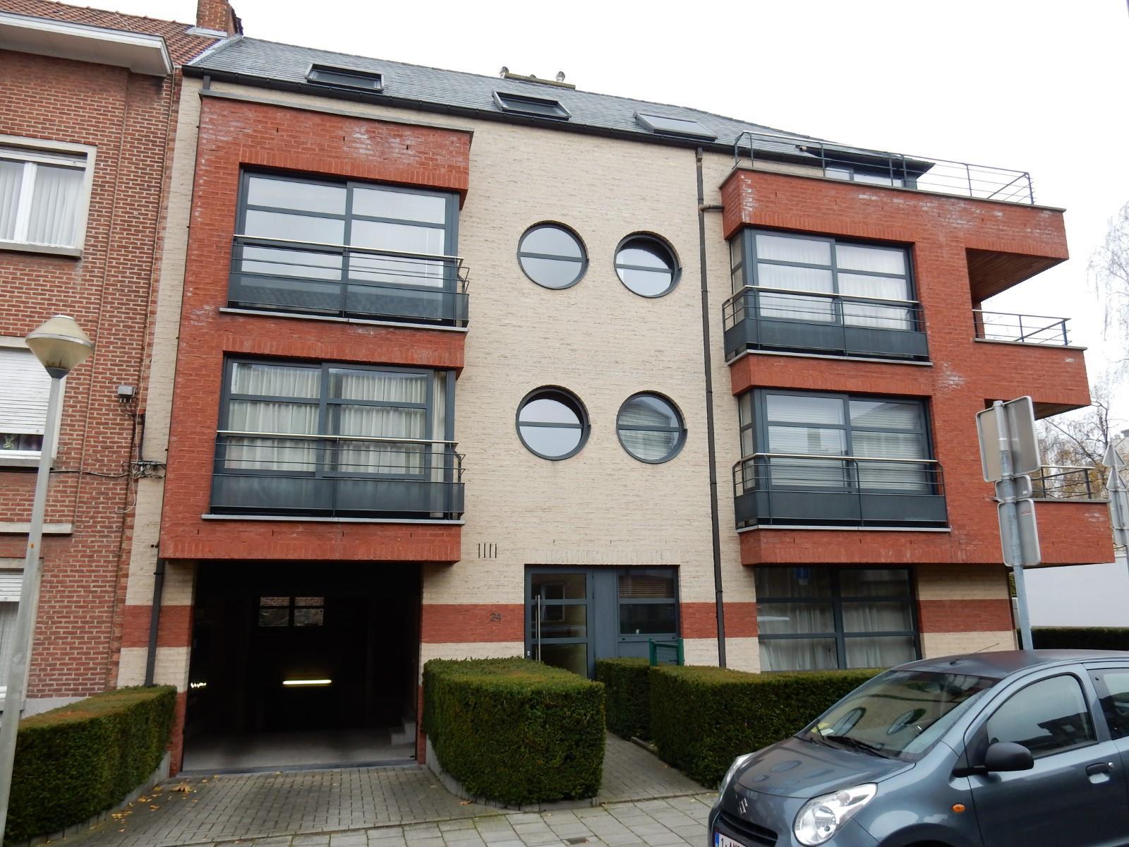 Appartement - Schaarbeek - #2990186-0