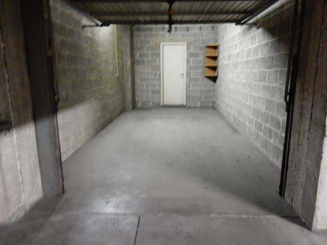 Gesloten garagebox - Uccle - #3000588-1