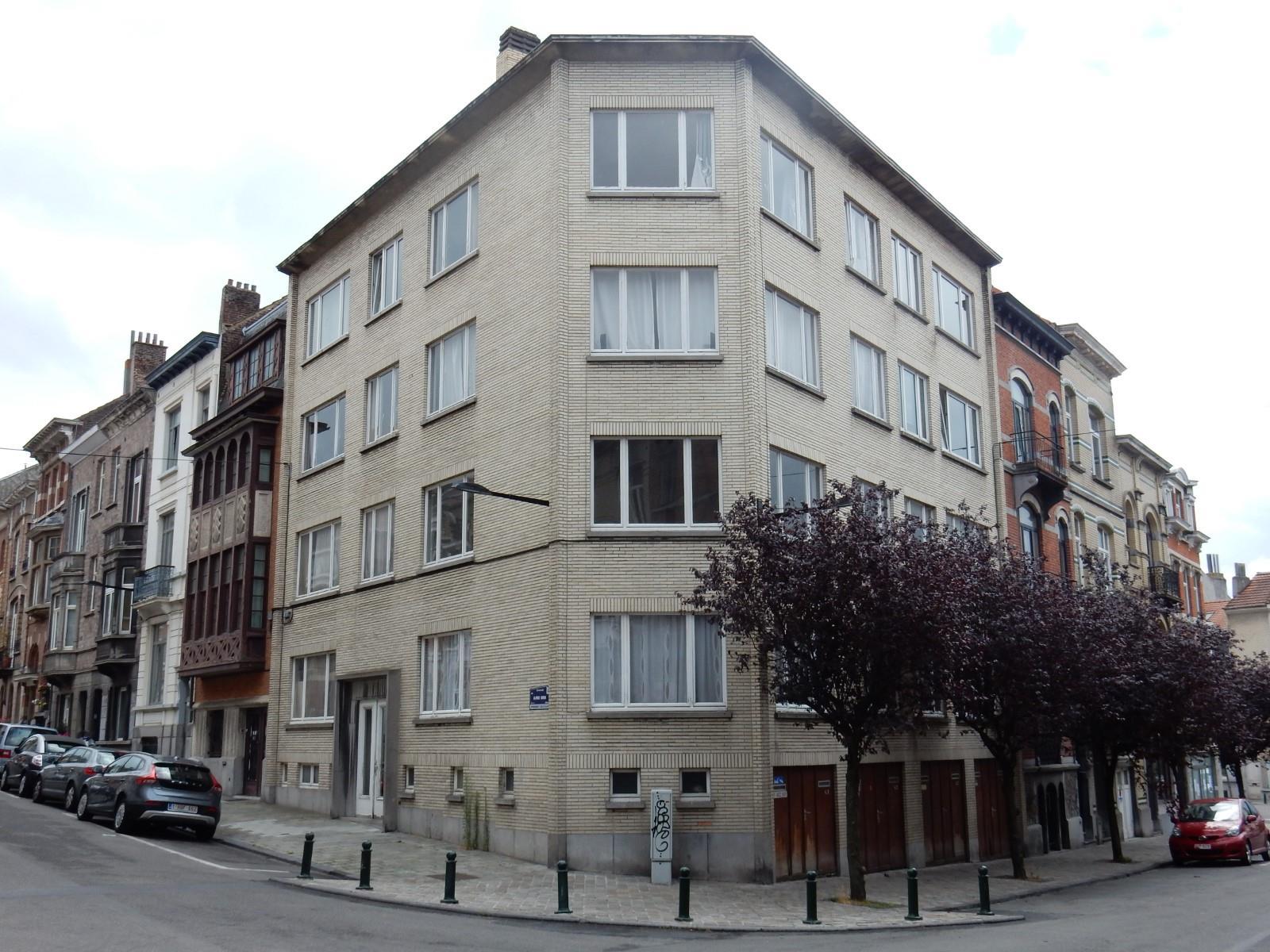 Appartement - Ixelles - #3032756-0