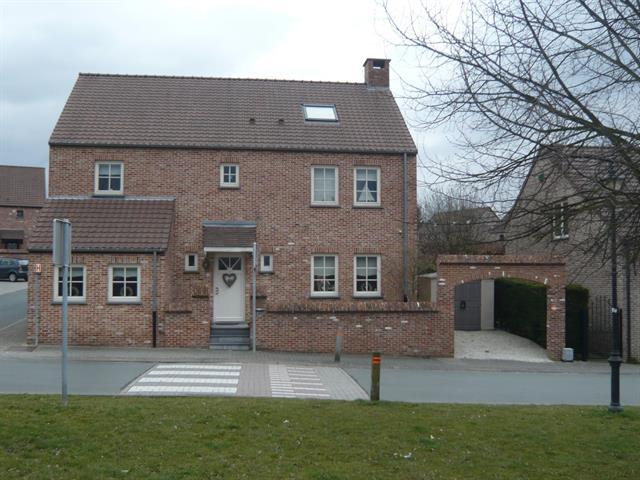 Maison unifamiliale - Braine-l'Alleud - #3032849-0
