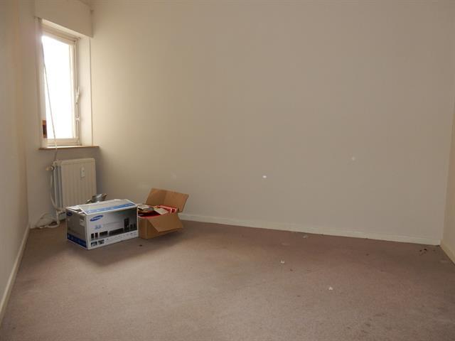 Ground floor - Molenbeek-Saint-Jean - #3179137-9