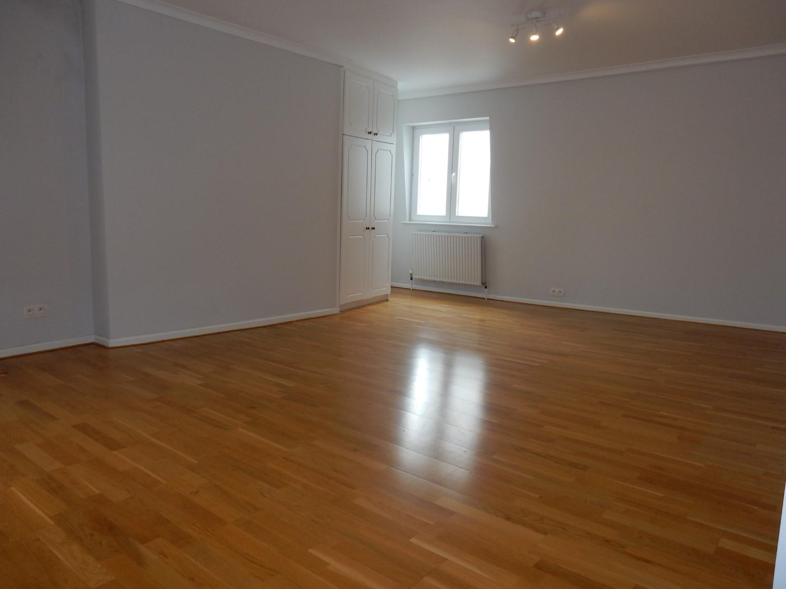 Flat in charming house - Etterbeek - #3183224-9