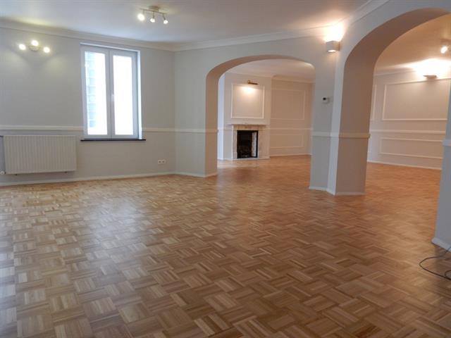 App. in charmant huis - Etterbeek - #3183224-0
