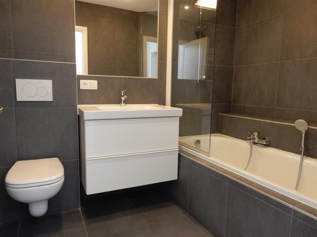 App. in charmant huis - Etterbeek - #3183224-12