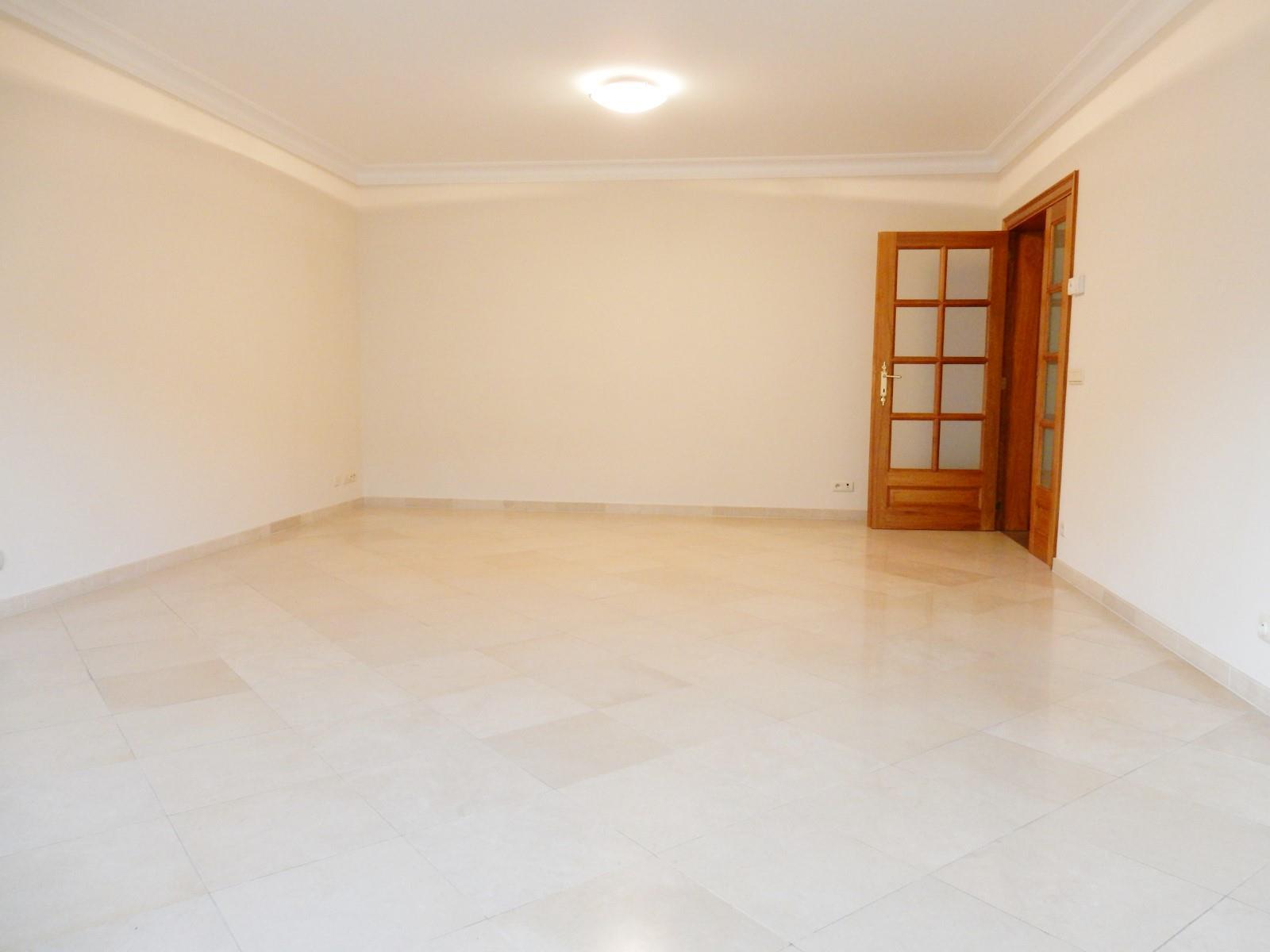 Exceptional apartment  - Woluwe-Saint-Pierre - #3201024-1