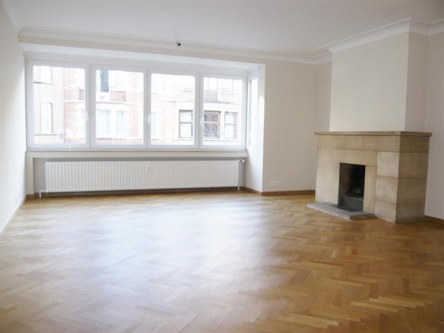 Appartement - Schaerbeek - #3336395-0