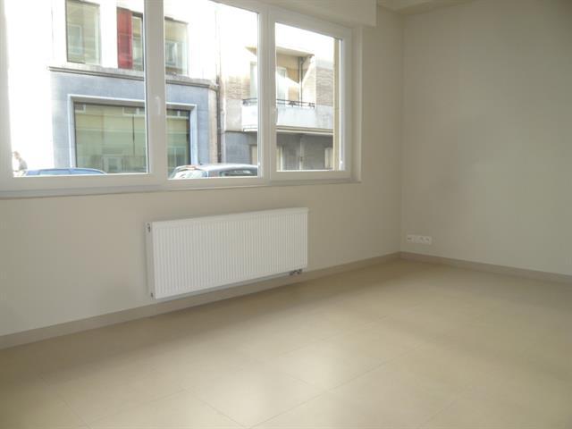 Gelijkvloerse verdieping - Bruxelles - #3616667-1