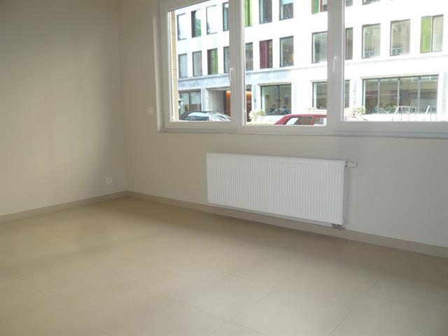 Gelijkvloerse verdieping - Bruxelles - #3616667-0