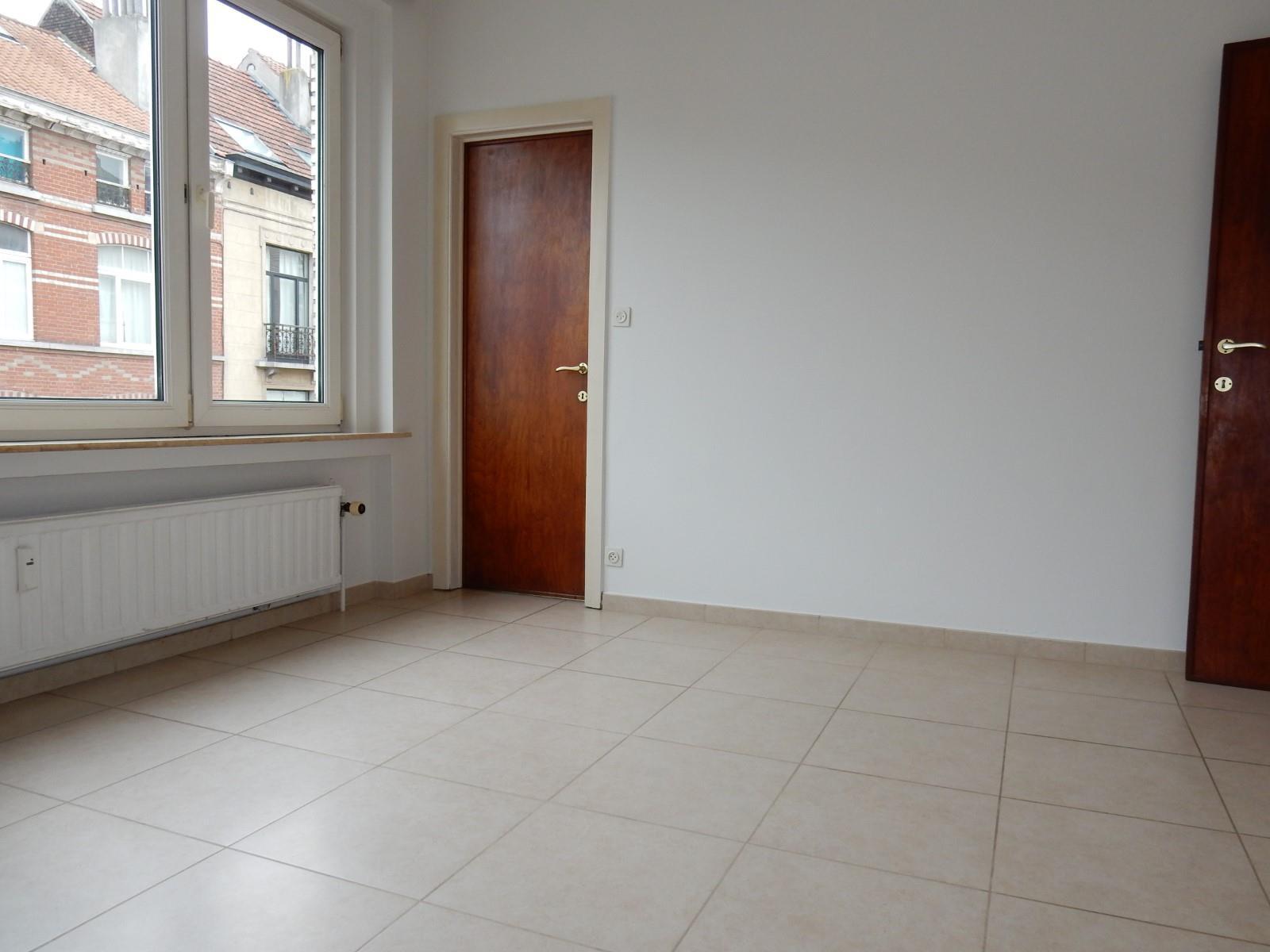 Appartement - Ixelles - #3639360-2