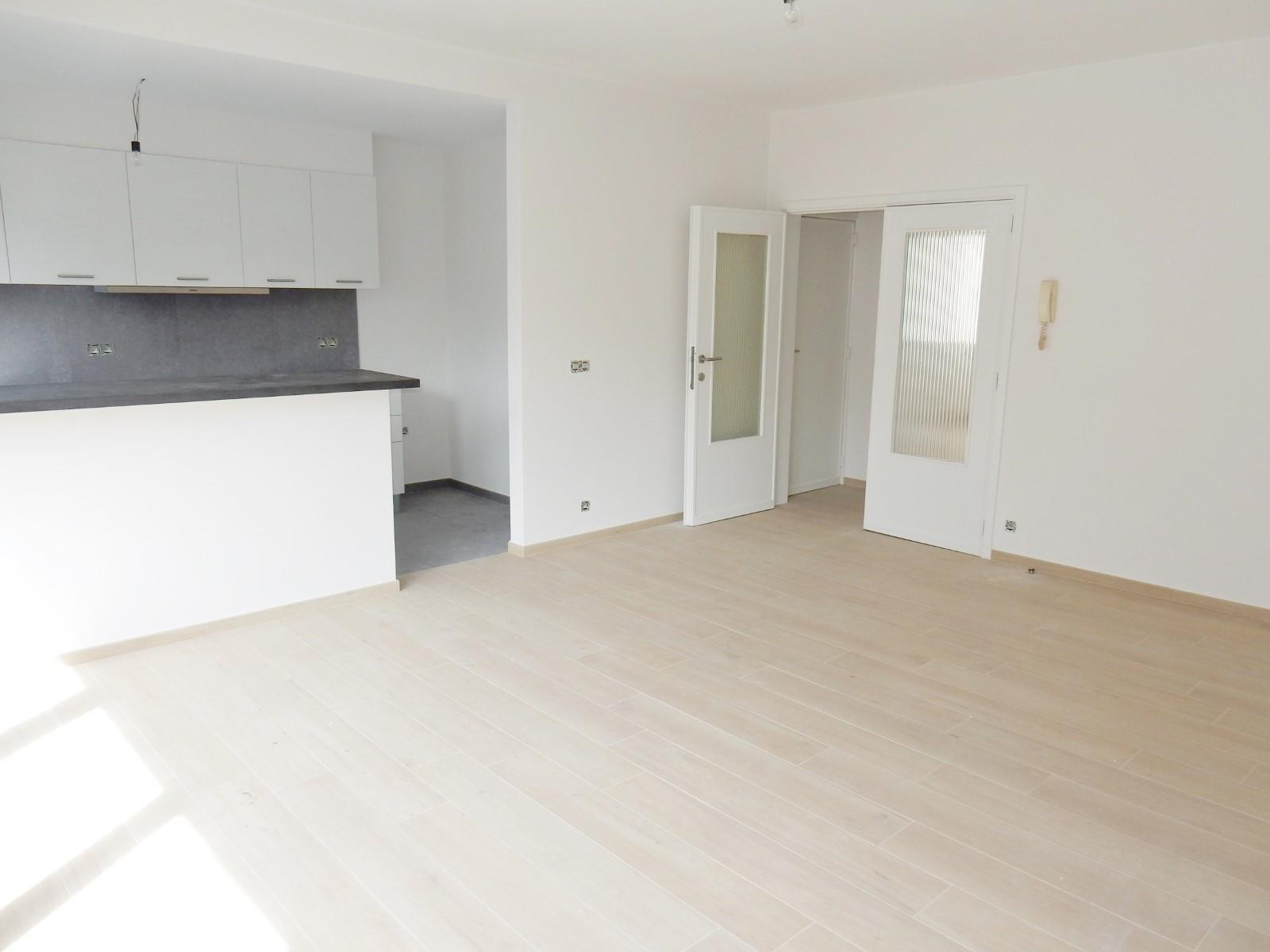 Appartement - Schaarbeek - #3798187-3