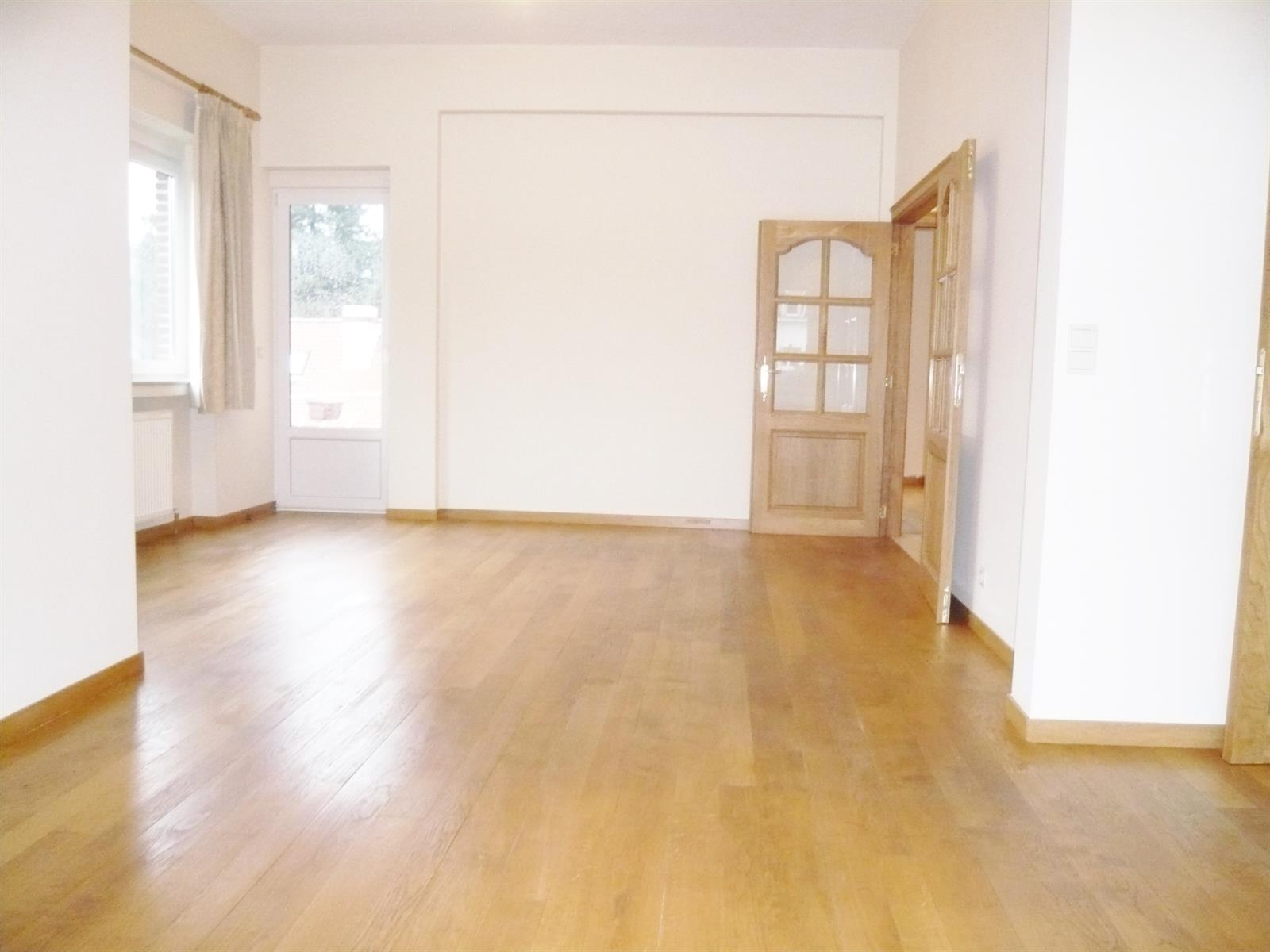 Appartement - Uccle - #3858021-0