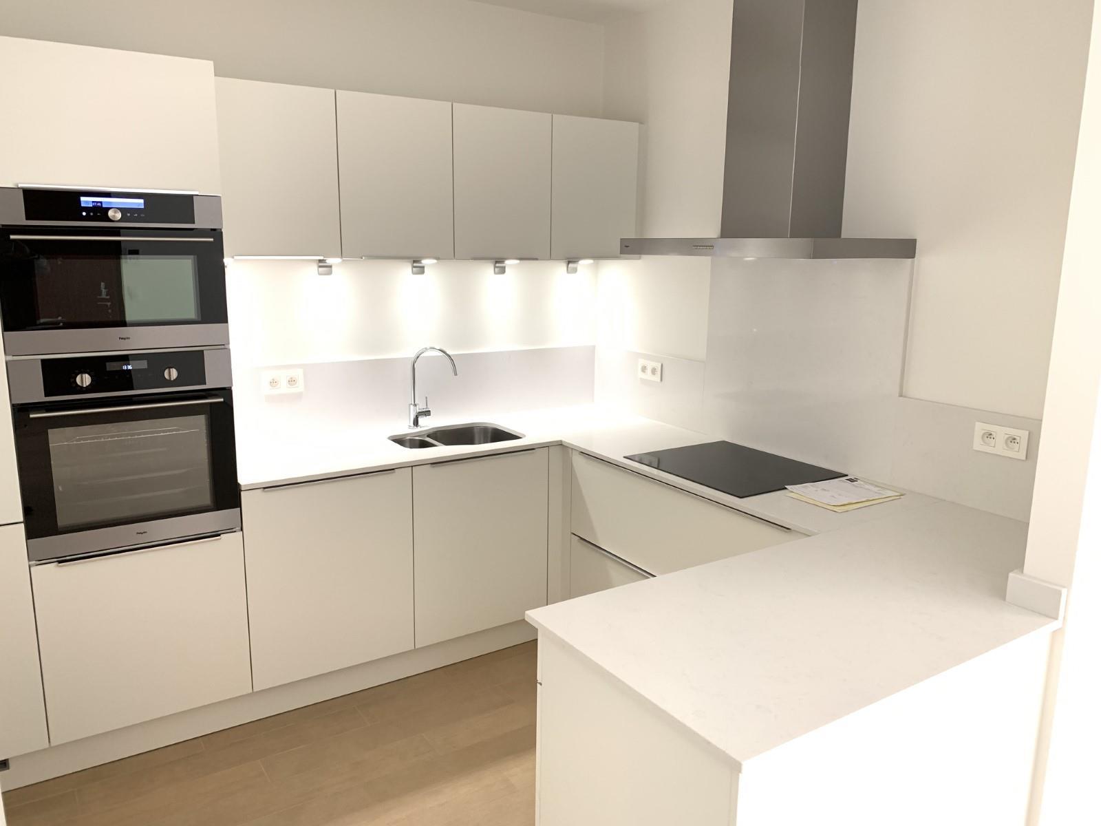 Exceptional apartment  - Ixelles - #3915989-0