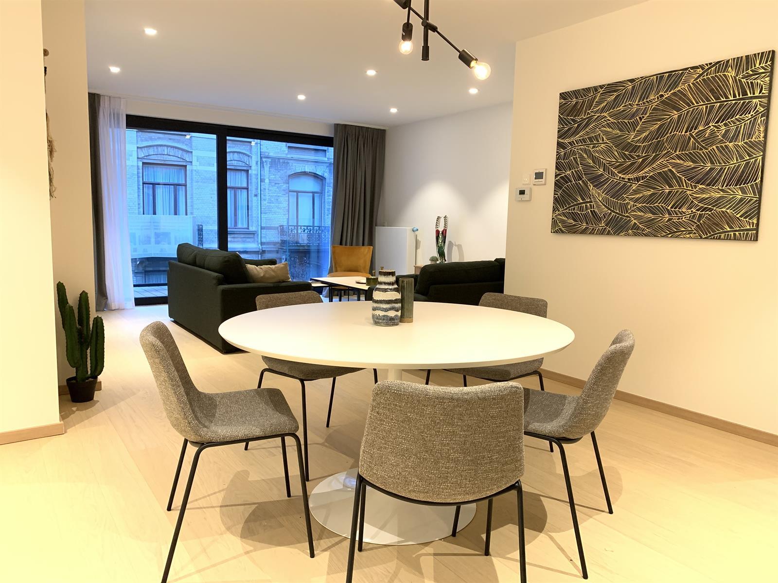 Appartement exceptionnel - Ixelles - #3929616-2
