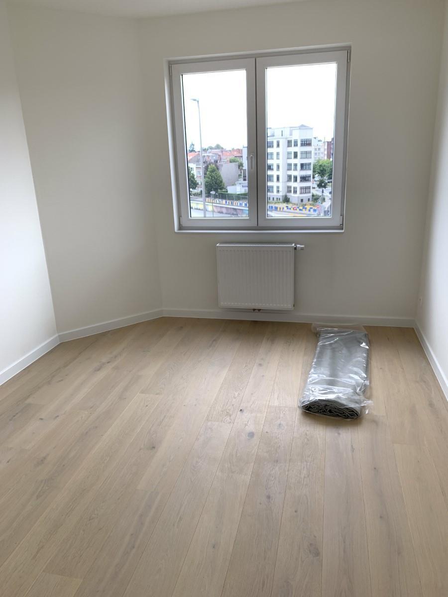 Exceptional apartment  - Schaerbeek - #3964914-25