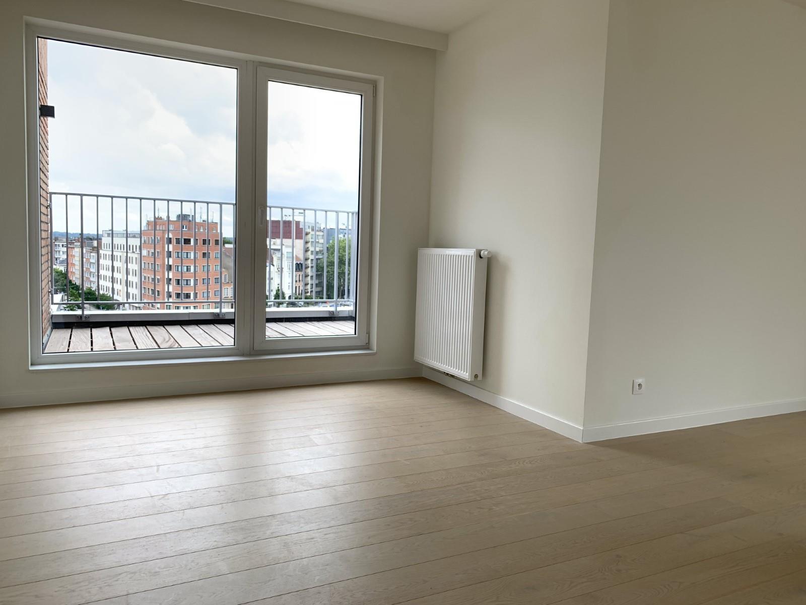 Exceptional apartment  - Schaerbeek - #3964914-1