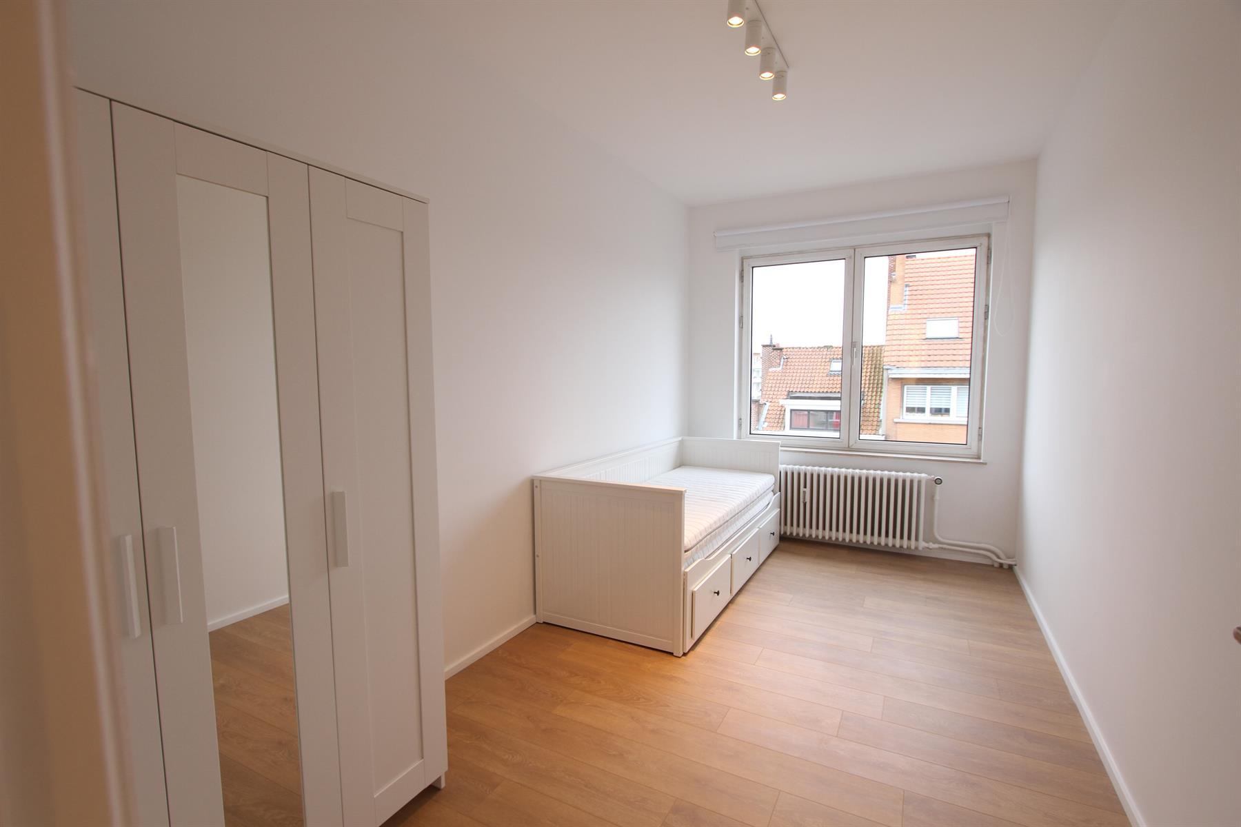 Flat - Ixelles - #3973978-8