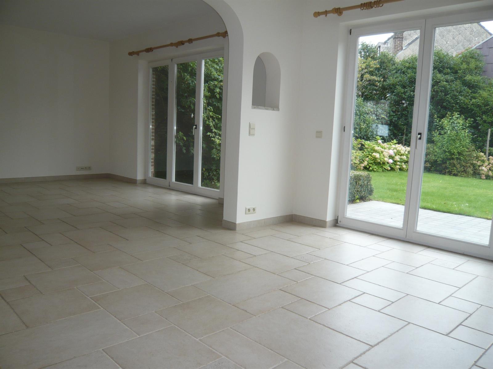 Villa - Braine-l'Alleud - #3981723-26